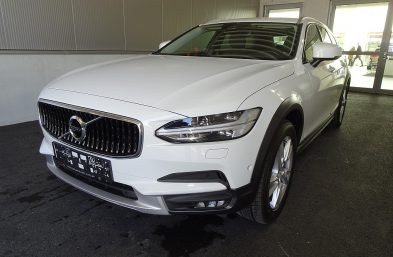 Volvo V90 Cross Country D4 AWD Geartronic bei Grünzweig Automobil GmbH in