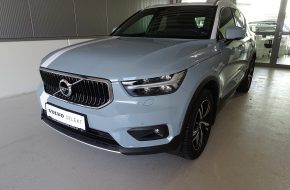 Volvo XC40 D4 Momentum AWD Geartronic bei Grünzweig Automobil GmbH in