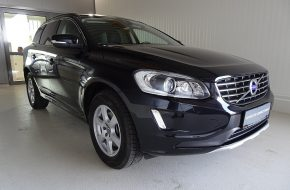Volvo XC60 D4 AWD Kinetic Geartronic bei Grünzweig Automobil GmbH in