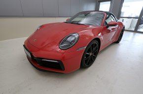 Porsche 911 Carrera S Cabrio PDK bei Grünzweig Automobil GmbH in