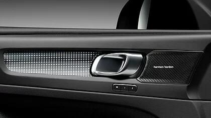 Harmon Kardon Lautsprecher im Volvo